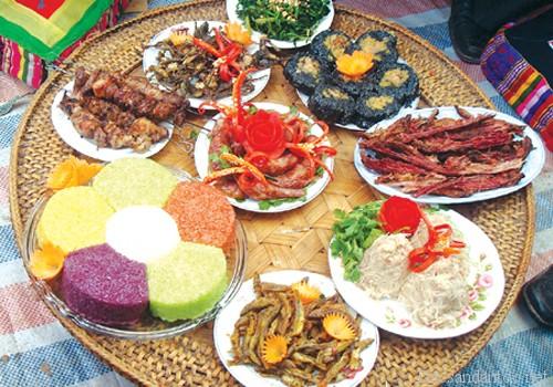huong vi nui rung tay bac - Top 10 món ăn nổi tiếng không nên bỏ qua khi du lịch Lào Cai