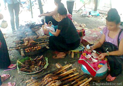 mon ca pinh top nguoi thai - Độc đáo món cá pỉnh tộp của người Thái