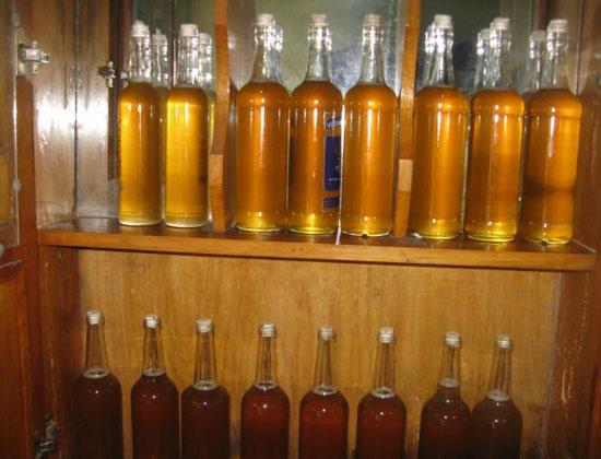 mat ong ngam ruou lau nam - Cách ngâm rượu mật ong ngon nhất