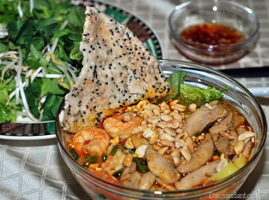 mi quang da nang - Top 10 món ăn nổi tiếng không nên bỏ qua khi du lịch Đà Nẵng