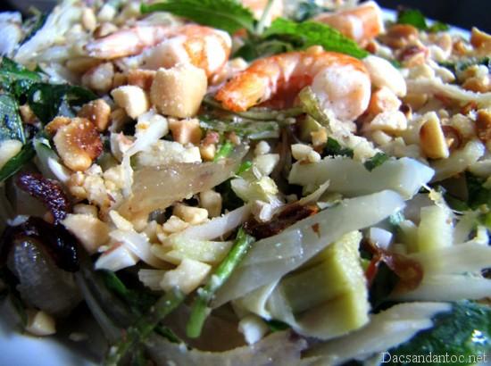 mit tron xuc banh trang - Top 10 món ăn nổi tiếng không nên bỏ qua khi du lịch Đà Nẵng