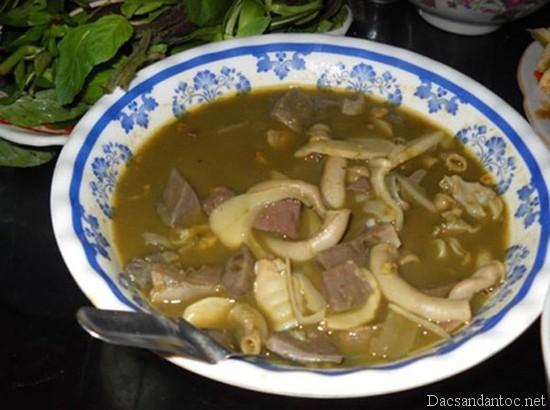 nam pia - Top 10 món ăn nổi tiếng không nên bỏ qua khi du lịch Sơn La