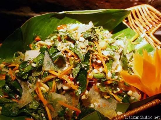 nom da trau - Top 10 món ăn nổi tiếng không nên bỏ qua khi du lịch Sơn La
