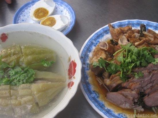pha lau sai gon - Những món ăn nổi tiếng không nên bỏ qua khi du lịch Hà Nam
