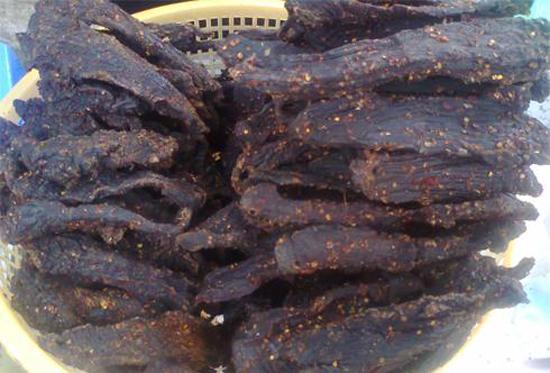 thit bo kho - Món thịt bò khô nổi tiếng của dân tộc Tây Bắc