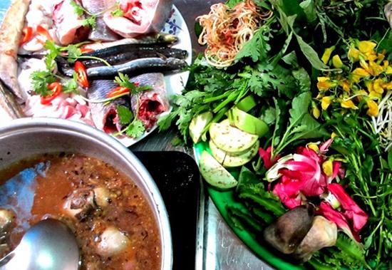 dac san long an 9 - Top 10 món ăn nổi tiếng không nên bỏ qua khi du lịch Hà Giang