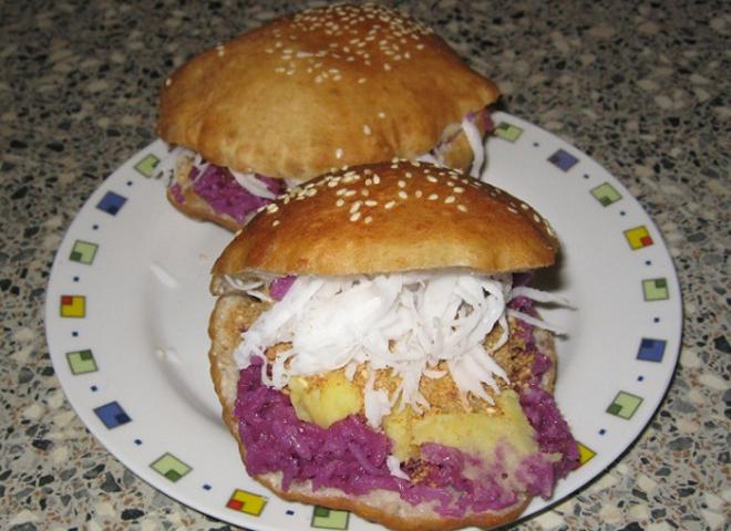 dac san phan thiet 8 - Top 10 món ăn nổi tiếng không nên bỏ qua khi du lịch Phan Thiết
