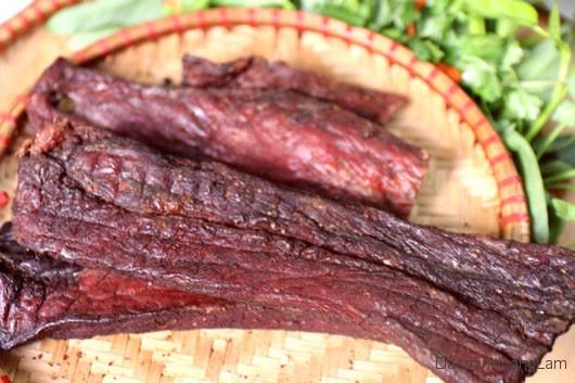 thit lon kho hoang lam - 1kg thịt lợn khô gác bếp