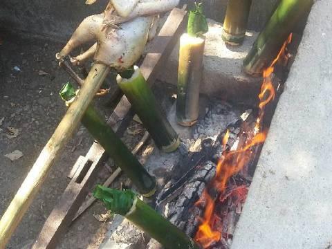Gà nướng ăn cùng cơm lam bước làm 5 hình