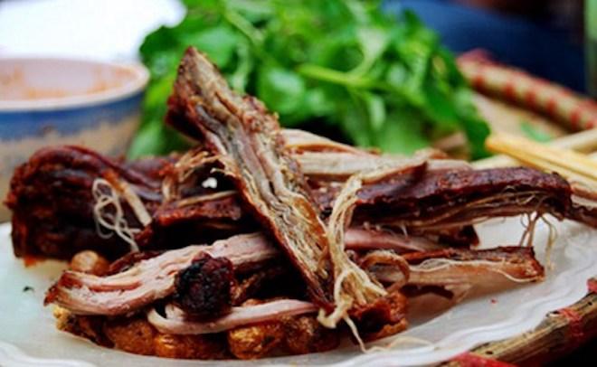 la mieng la tai voi nhung mon ngon cua son la - Hãi hùng với đặc sản... thịt thối ở Sơn La