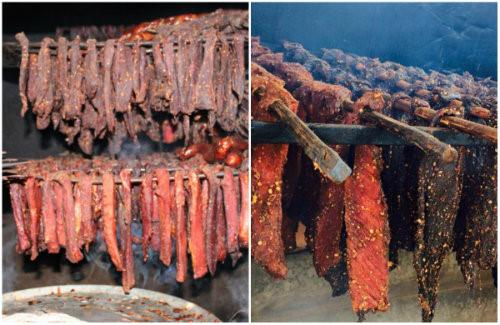 Món ăn này có cách chế biến khá công phu, thường cắt những mảng thịt thăn, bắp ở vai, lưng con trâu, bò hoặc lợn, thái miếng to bản hình con chì rồi ướp các loại gia vị như muối, gừng, ớt, nước lá rừng và đặc biệt không thể thiếu lá mắc khén (một loại hạt tiêu rừng). Thịt sau khi tẩm ướp được treo lên gác bếp đến khi khô sẽ có mùi ám khói đặc trưng.