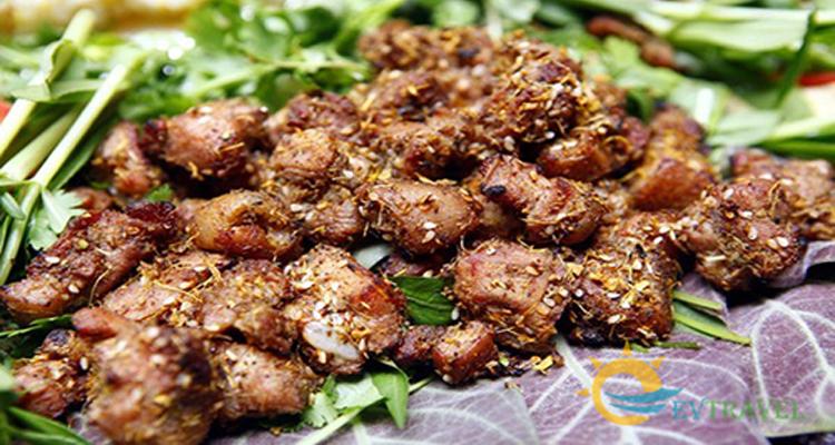 top 7 mon an dac san lao cai khong an khong ve 5 - Top 7 món ăn đặc sản Lào Cai không ăn không về