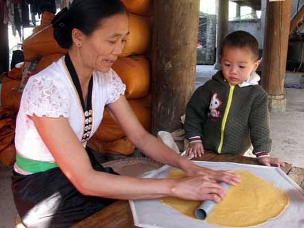 banh khau xen dien bien an mot lan nho mai 1 - Bánh Khẩu Xén Điện Biên, ăn một lần nhớ mãi
