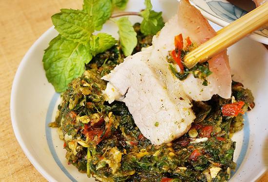 cham cheo dien bien cham mon gi cung ngon - Say lòng những món ngon từ hoa ban ở Điện Biên