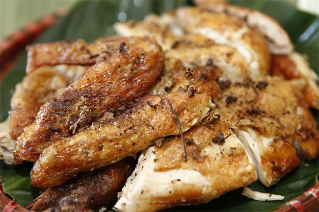 co hat mac khen mon ga nuong tro nen hoan toan khac biet 1 - Có hạt mắc khén món gà nướng trở nên hoàn toàn khác biệt