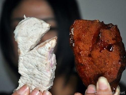 cong nghe bien thit lon thanh thit bo o viet nam - Lên Điện Biên xem người Thái đen làm thịt trâu gác bếp