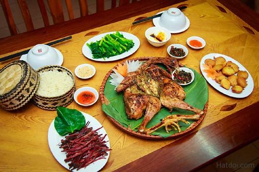 hat doi – huong rung trong mam com nguoi thai 4 - Hạt dổi – hương rừng trong mâm cơm người Thái