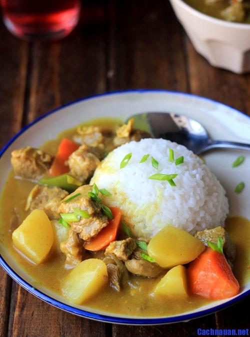 huong dan lam ca ri bo khoai tay ngon mien che - Hướng dẫn làm món súp gà nấm nóng hổi và bổ dưỡng
