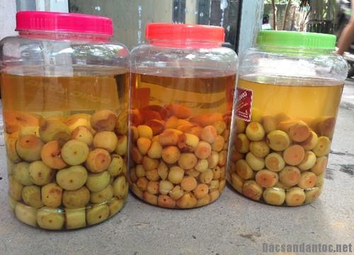 ruou tao meo – dac san vung cao tay bac 1 - Rượu táo mèo – đặc sản vùng cao Tây Bắc