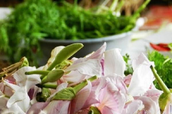 say long nhung mon ngon tu hoa ban o dien bien - Say lòng những món ngon từ hoa ban ở Điện Biên