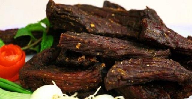 top 10 dac san am thuc tay bac ngon nuc tieng niu chan du khach - Độc đáo món cá pỉnh tộp của người Thái