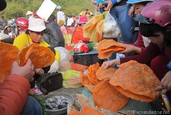 top 10 mon an noi tieng khong nen bo qua khi du lich hai duong 5 - Top 10 món ăn nổi tiếng không nên bỏ qua khi du lịch Hải Dương