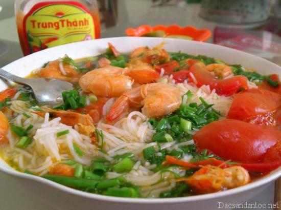 top 10 mon an noi tieng khong nen bo qua khi du lich hai phong 2 - Top 10 món ăn nổi tiếng không nên bỏ qua khi du lịch Hải Phòng