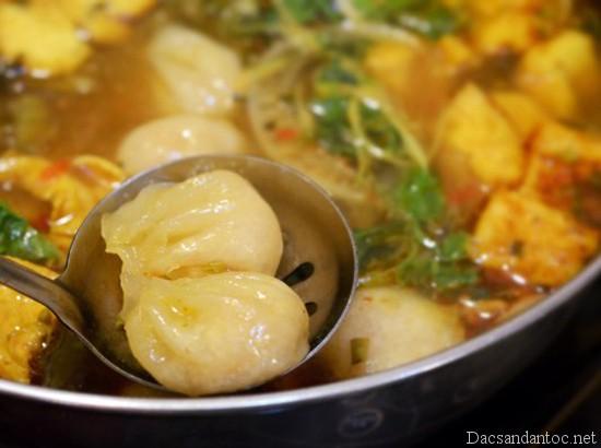 top 10 mon an noi tieng khong nen bo qua khi du lich ho chi minh 7 - Top 10 món ăn nổi tiếng không nên bỏ qua khi du lịch Hồ Chí Minh