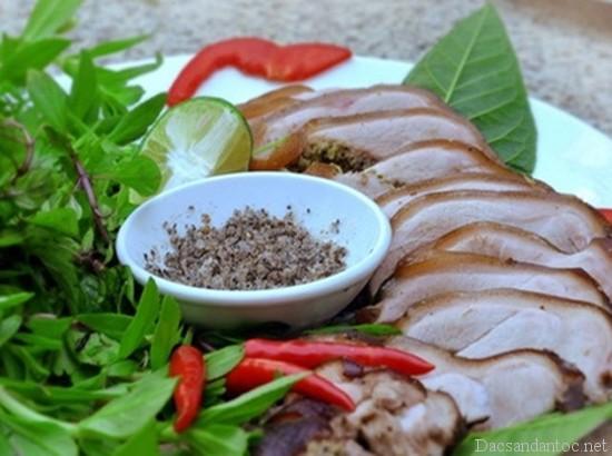 top 10 mon an noi tieng khong nen bo qua khi du lich lai chau 2 - Top 10 món ăn nổi tiếng không nên bỏ qua khi du lịch Lai Châu