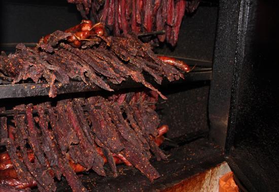 top 10 mon dac san cua dong bao dan toc tay bac - Thơm lừng ngây ngất với thịt lợn khô độc đáo Tây Bắc