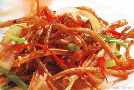 top 9 mon an noi tieng khong nen bo qua khi du lich quang ninh 4 - Top 9 món ăn nổi tiếng không nên bỏ qua khi du lịch Quảng Ninh